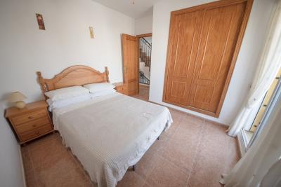 09---bedroom-2