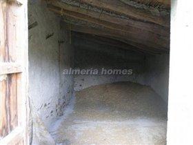 Image No.8-Maison de campagne de 4 chambres à vendre à Lubrín