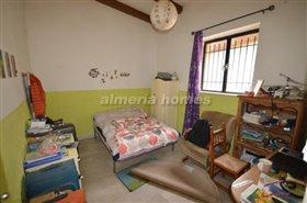 Image No.2-Maison de campagne de 2 chambres à vendre à Purchena