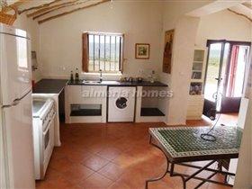 Image No.3-Maison de campagne de 10 chambres à vendre à Oria