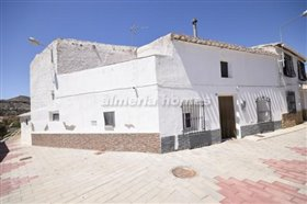 Image No.0-Maison de ville de 4 chambres à vendre à Partaloa