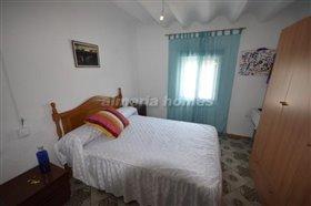 Image No.3-Maison de ville de 4 chambres à vendre à Partaloa