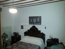 Image No.9-Maison de ville de 9 chambres à vendre à Albánchez