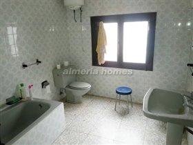 Image No.10-Maison de ville de 9 chambres à vendre à Albánchez