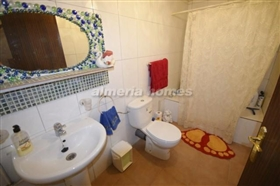 Image No.11-6 Bed Country House for sale