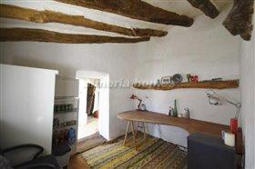 Image No.1-Maison de campagne de 3 chambres à vendre à Oria