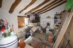 Image No.5-Maison de campagne de 3 chambres à vendre à Oria
