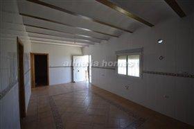 Image No.3-Villa de 4 chambres à vendre à Albox