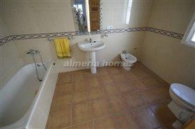 Image No.7-Villa de 4 chambres à vendre à Albox