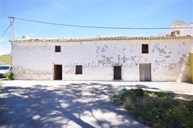 Image No.0-8 Bed Country House for sale