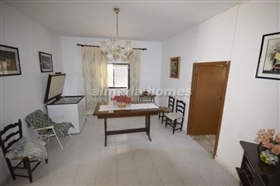 Image No.3-8 Bed Country House for sale