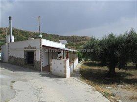 Image No.0-Maison de campagne de 1 chambre à vendre à Almeria
