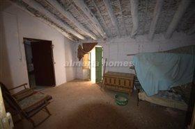 Image No.9-Maison de campagne de 5 chambres à vendre à Cantoria