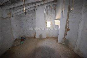 Image No.10-Maison de campagne de 5 chambres à vendre à Cantoria