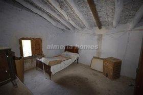 Image No.8-Maison de campagne de 5 chambres à vendre à Cantoria