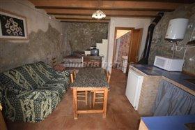 Image No.11-Maison de campagne de 3 chambres à vendre à Oria