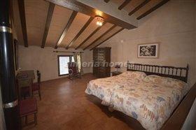 Image No.13-Maison de campagne de 3 chambres à vendre à Oria