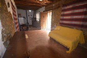 Image No.7-Maison de campagne de 3 chambres à vendre à Oria