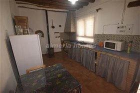 Image No.8-Maison de campagne de 3 chambres à vendre à Oria