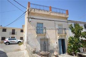Image No.0-Maison de ville de 4 chambres à vendre à Arboleas