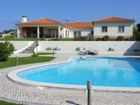 Image No.0-Maison de 4 chambres à vendre à Monte Redondo