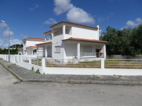 Image No.0-Maison / Villa de 4 chambres à vendre à Monte Redondo