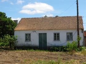 Guia, Farmhouse