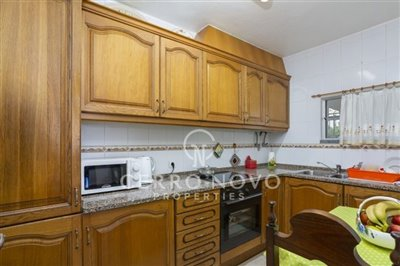 o5a6565-oura-two-bedroom-apartment-for-sale-a