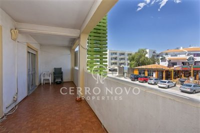 o5a6502-oura-three-bedroom-apartment-for-sale
