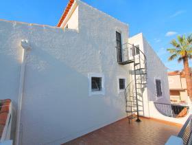 Image No.4-Villa de 4 chambres à vendre à Quarteira