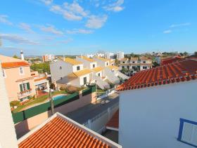 Image No.6-Villa de 4 chambres à vendre à Quarteira