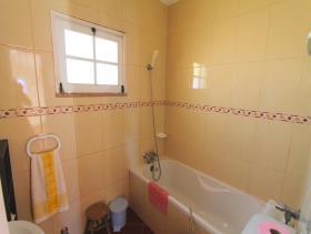 Image No.23-Villa de 4 chambres à vendre à Quarteira