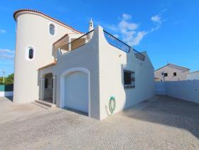 Image No.2-Villa de 4 chambres à vendre à Quarteira