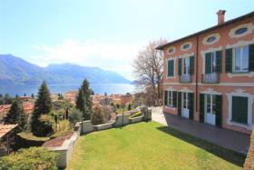 Image No.0-Villa de 7 chambres à vendre à Menaggio
