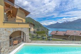 Image No.0-Villa / Détaché de 4 chambres à vendre à Menaggio