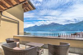 Image No.3-Villa / Détaché de 4 chambres à vendre à Menaggio