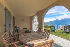 Image No.8-Villa / Détaché de 4 chambres à vendre à Menaggio