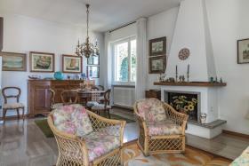Image No.11-Villa de 4 chambres à vendre à Argegno