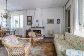 Image No.12-Villa de 4 chambres à vendre à Argegno