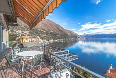 VILLA-FACING-LAKE-ARGEGNO