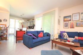 Image No.0-Maison de 3 chambres à vendre à Dongo