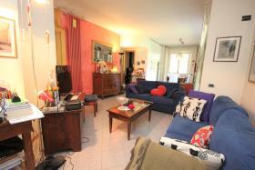 Image No.2-Maison de 3 chambres à vendre à Dongo