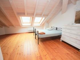 Image No.4-Maison / Villa de 4 chambres à vendre à Griante