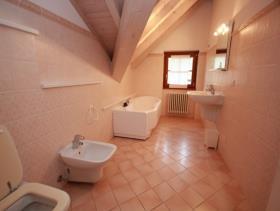 Image No.13-Maison / Villa de 4 chambres à vendre à Griante