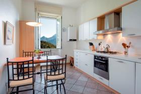 Image No.5-Appartement de 2 chambres à vendre à Menaggio