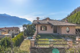 Image No.32-Villa / Détaché de 3 chambres à vendre à Menaggio