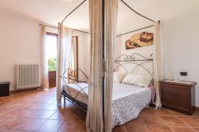 Image No.12-Villa / Détaché de 3 chambres à vendre à Menaggio