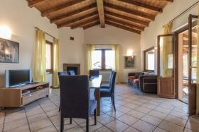 Image No.4-Villa / Détaché de 3 chambres à vendre à Menaggio