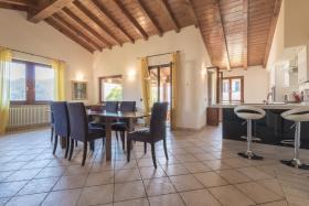 Image No.6-Villa / Détaché de 3 chambres à vendre à Menaggio