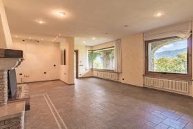 Image No.18-Villa de 4 chambres à vendre à Menaggio